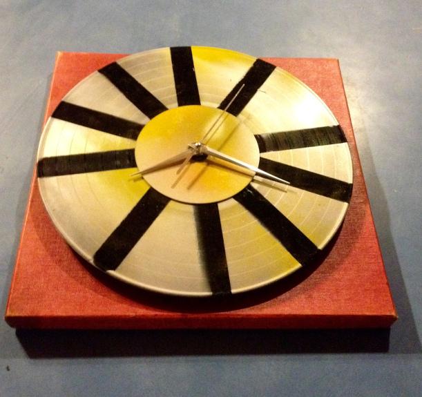 Hugh Wade Record Clock